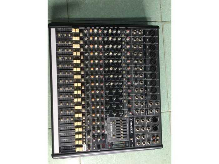 Mixer Mackie3