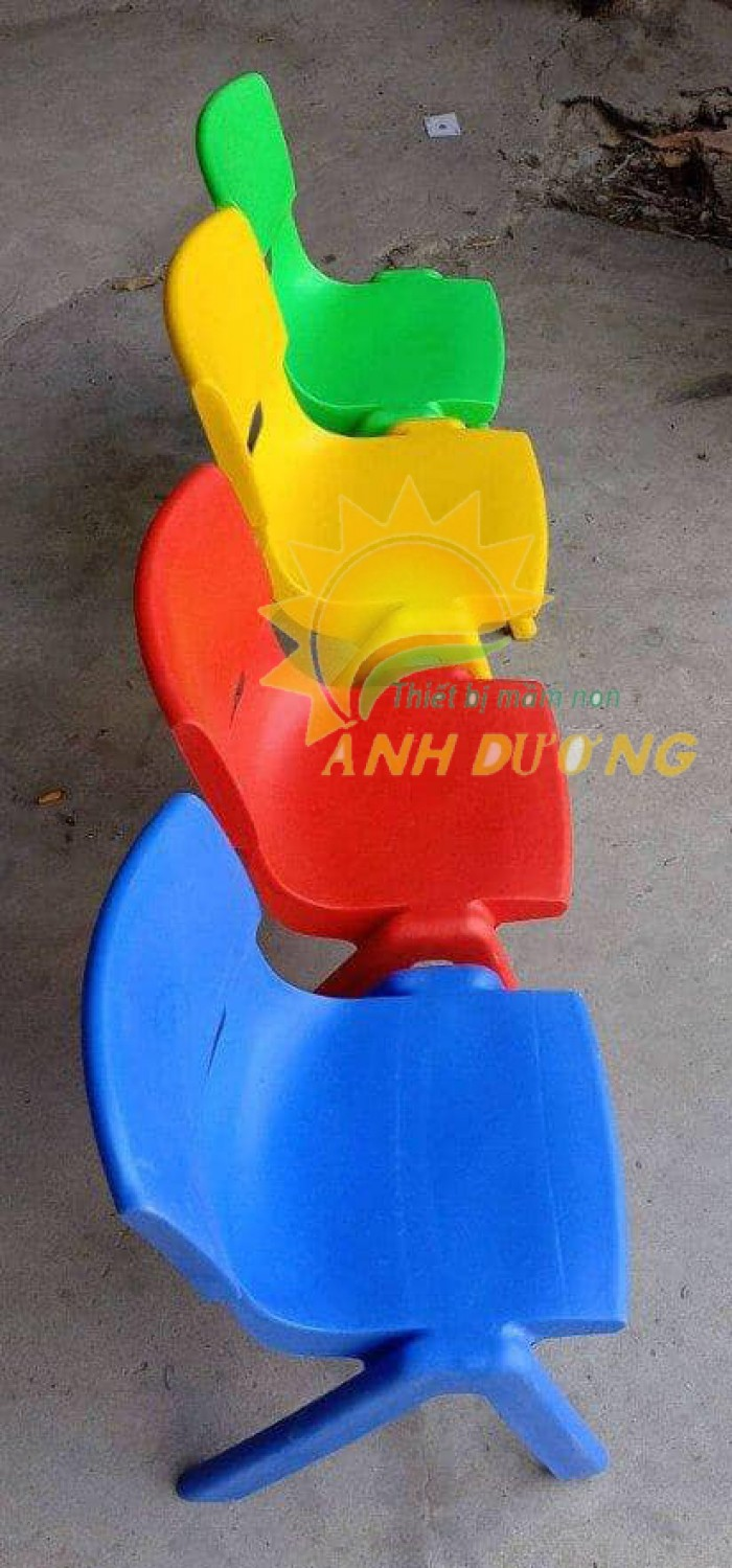 Ghế nhựa đúc nhập khẩu bền chắc, nhiều màu sắc cho trẻ em giá TỐT3