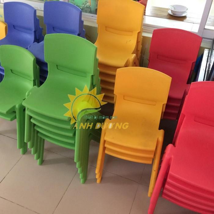 Ghế nhựa đúc nhập khẩu bền chắc, nhiều màu sắc cho trẻ em giá TỐT2