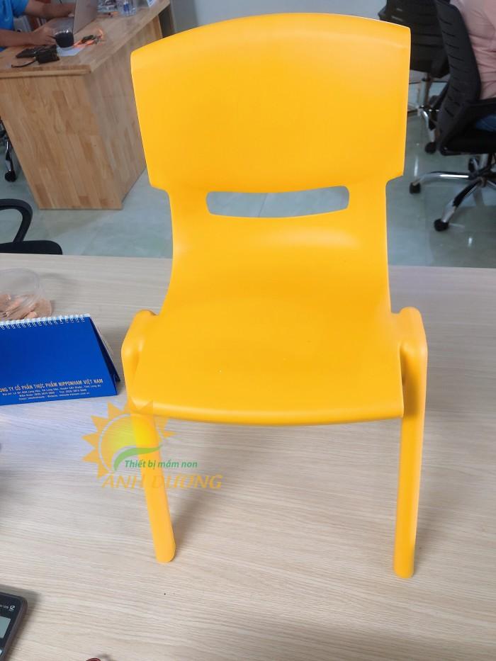 Ghế nhựa đúc nhập khẩu bền chắc, nhiều màu sắc cho trẻ em giá TỐT7