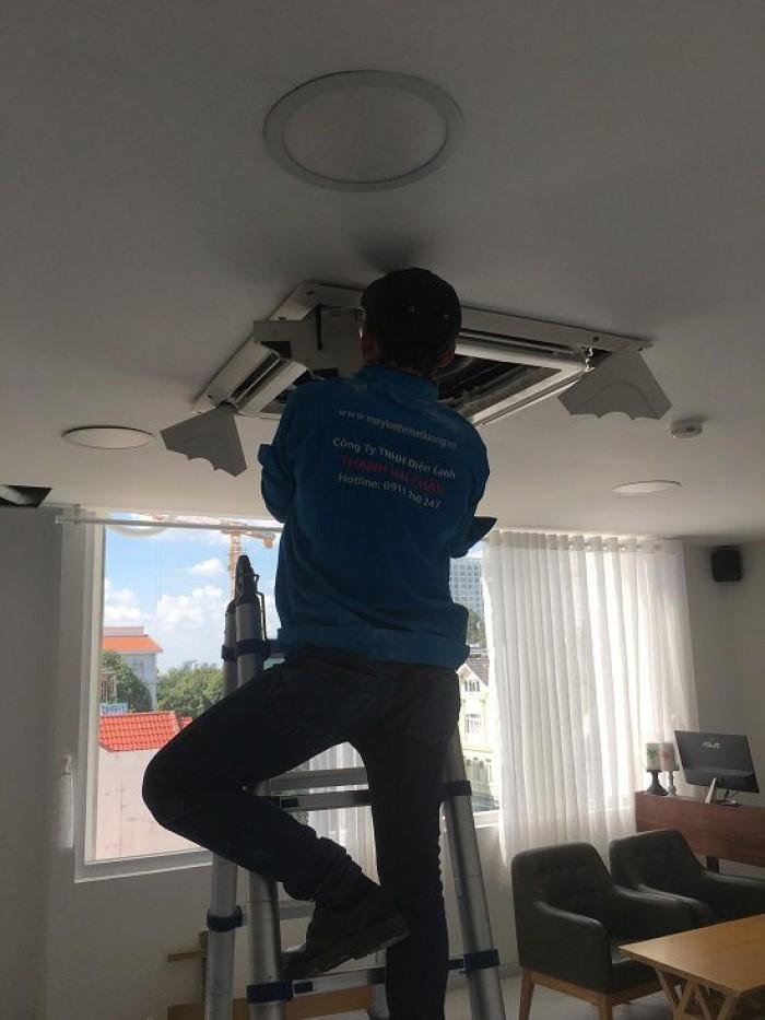 Chuyên thi công lắp đặt máy lạnh âm trần cho chung cư/ căn hộ uy tín chất lượ1