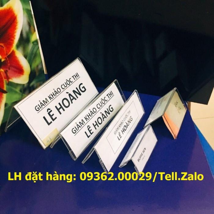 Bảng mica để giá sản phẩm- Kệ giá tiền mica trong uốn chữ L10