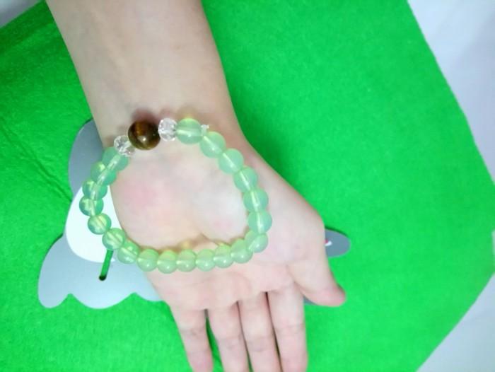 Chuỗi đeo tay siêu đẹp xanh lá1
