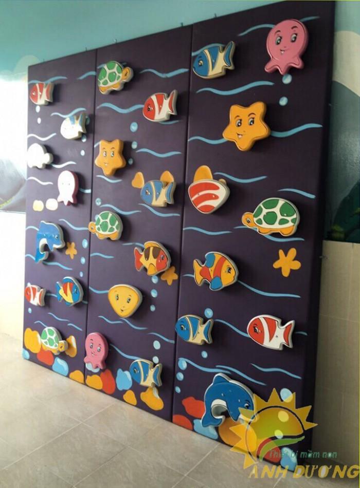 Chuyên bán tường leo núi vận động trẻ em cho trường mầm non, sân chơi, TTTM12