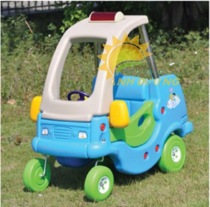 Cung cấp xe chòi chân ô tô dành cho trẻ em vui chơi, vận động5