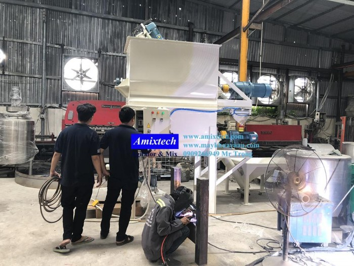 Máy trộn bột công nghiệp2