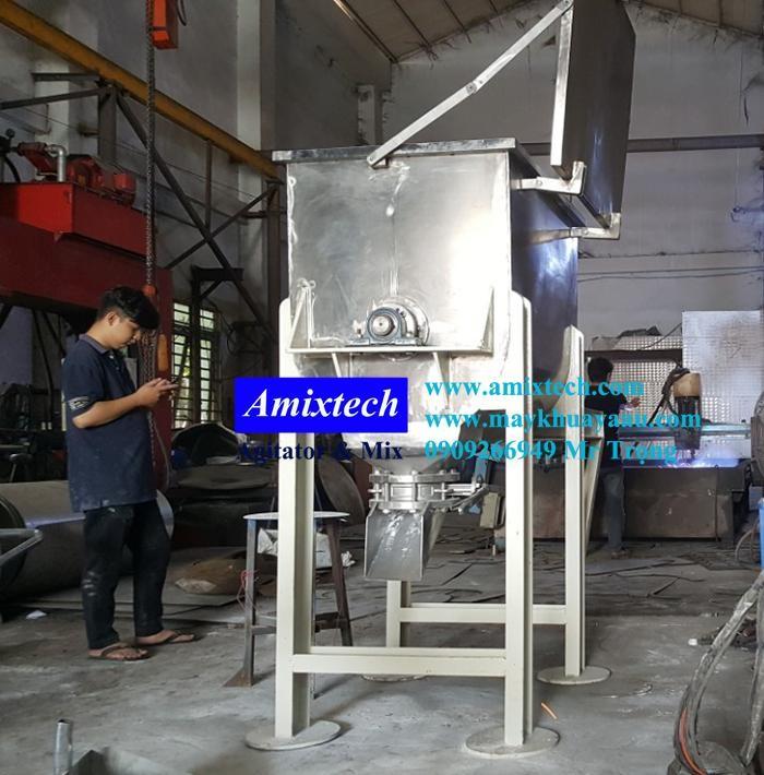 Máy trộn bột công nghiệp5