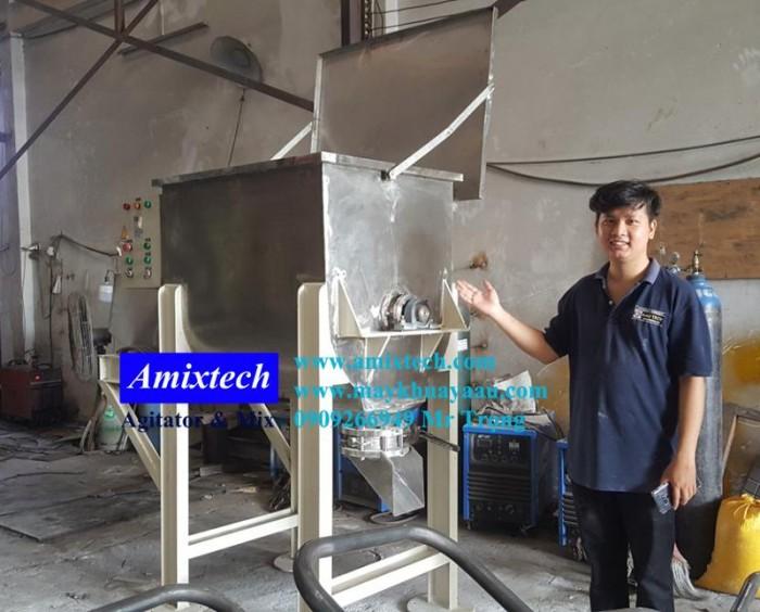 Máy trộn bột công nghiệp6
