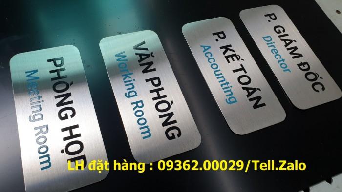Xưởng gia công biển phòng ban mica, inox tại Hà Nội, lắp đặt giao hàng tận nơ5