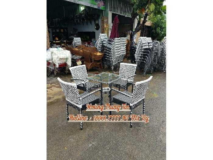Bàn ghế cafe sân vườn giá rẻ ghế lisa0