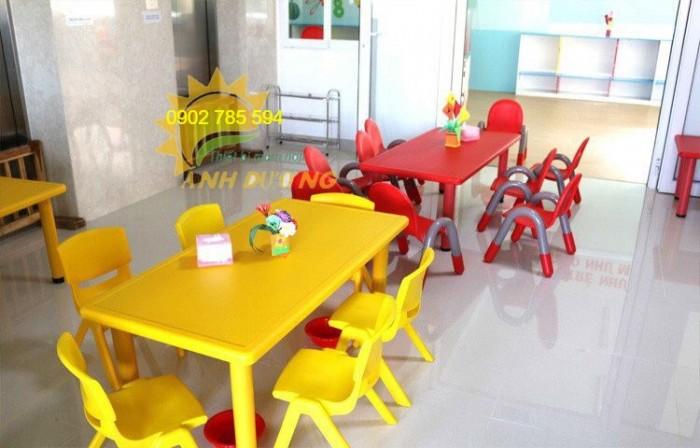 Nơi bán Bàn ghế dành cho các bé giá rẻ - uy tín - chất lượng đảm bảo6