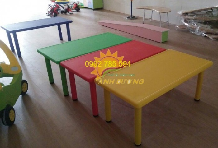 Nơi bán Bàn ghế dành cho các bé giá rẻ - uy tín - chất lượng đảm bảo9