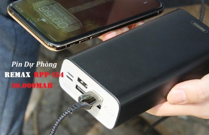 Pin sạc dự phòng Remax RPP-154 Vỏ nhựa ABS + PC giúp chống cháy nổ, đảm bảo an toàn cho Điện thoại