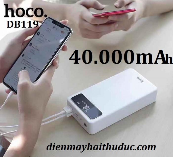 Pin sạc dự phòng HOCO DB119 dung lượng lớn đến 40.000mAh rất thuận tiện để làm ngân hàng Điện đi du lịch, đi công tác.