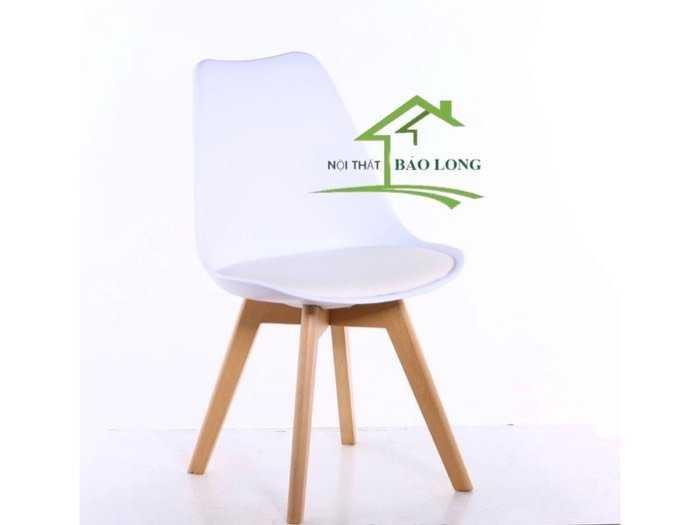 Ghế nhựa chân gỗ nhập khẩu giá rẻ1