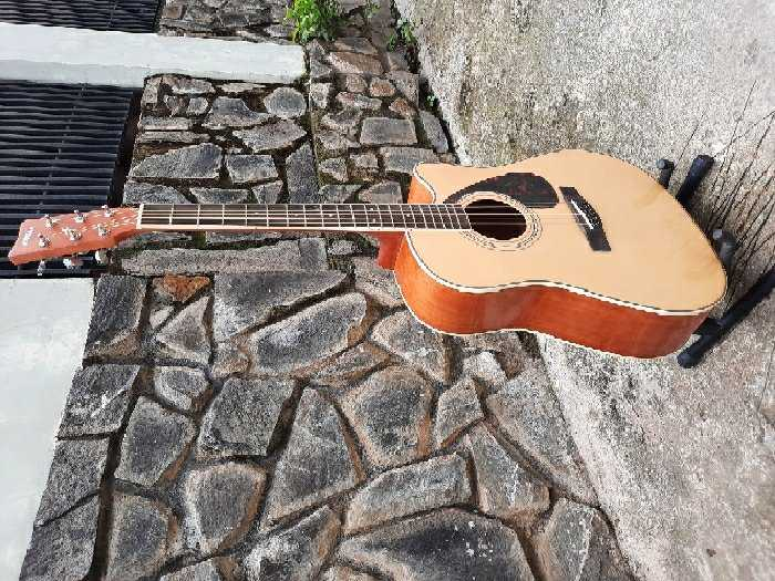 Đàn guitar giá rẻ Biên Hòa Yamaha fx370c1