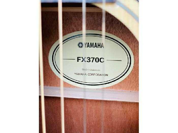 Đàn guitar giá rẻ Biên Hòa Yamaha fx370c4