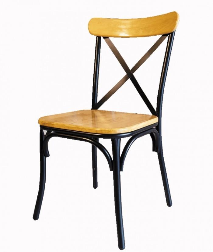 Ghế chữ X (chân sắt, mặt gỗ hoặc nệm)2