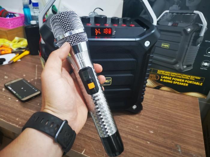 Micro PU11 cho khả năng thu phát sóng cực kì ổn định và mạnh mẽ trong phạm vi hoạt động từ 10 đến 15m.3