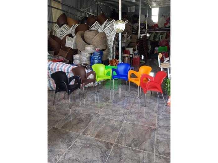 Bàn ghế cafe nhựa đúc giá tại xưởng- Nội Thất Nguyễn Hoàng3