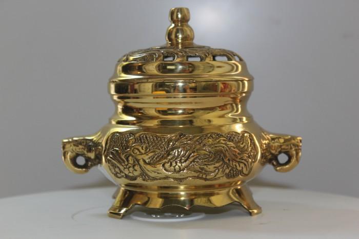 Đỉnh xông trầm bằng đồng vàng nguyên chất2