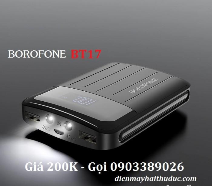 Pin sạc dự phòng Borofone BT17 Một màn hình Led được gắn trên một màn hình của pin, hiển thị số % dung lượng pin còn lại