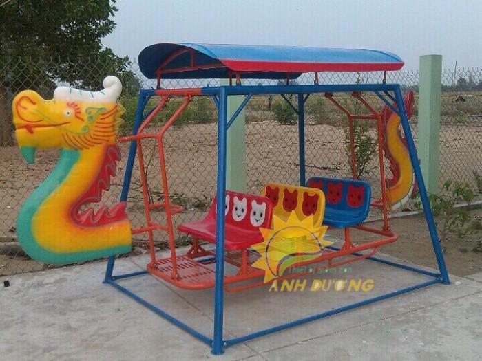 Xích đu thuyền rồng cho trường mầm non, công viên, sân chơi trẻ em3