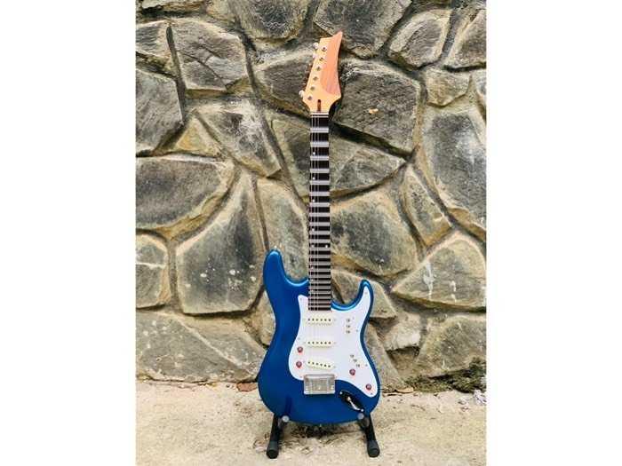 Bán Đàn Guitar Điện Phím Lõm Biên Hoà, Guitar Điện Tân Cổ Nhạc Biên Hoà0