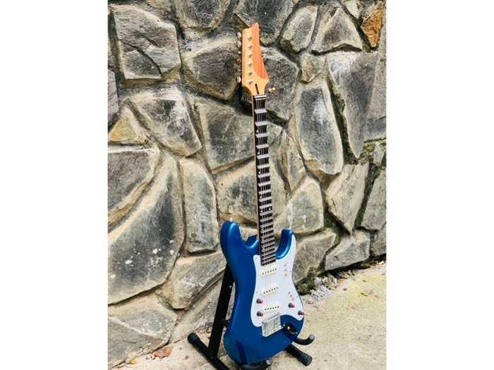 Bán Đàn Guitar Điện Phím Lõm Biên Hoà, Guitar Điện Tân Cổ Nhạc Biên Hoà2