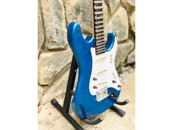 Bán Đàn Guitar Điện Phím Lõm Biên Hoà, Guitar Điện Tân Cổ Nhạc Biên Hoà3