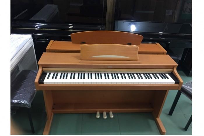 Piano điện korg c-3300
