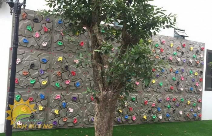 Nhận thi công tường leo núi ngộ nghĩnh đáng yêu cho bé mầm non4
