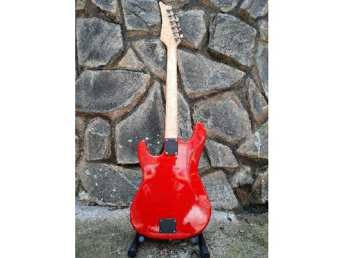 Bán Đàn Điện guitarPhím lõm tại Biên Hòa4