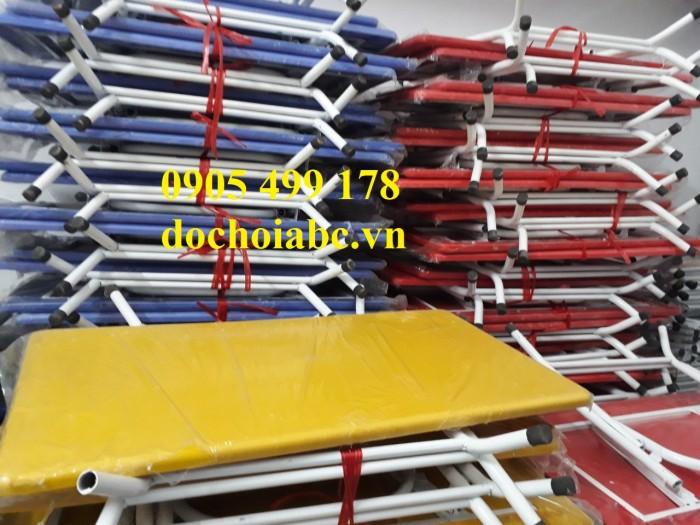 Chuyên cung cấp  bàn ghế mầm non giá rẻ chất lượng cao tại quảng trị9