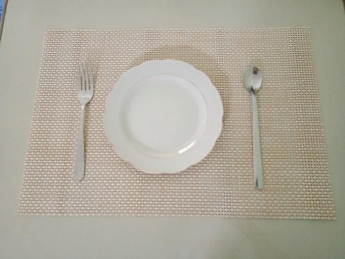 Tấm nhựa placemat hoa văn, trang trí bàn ăn đẹp, sang trọng2