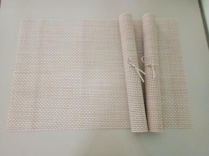 Tấm nhựa placemat hoa văn, trang trí bàn ăn đẹp, sang trọng4