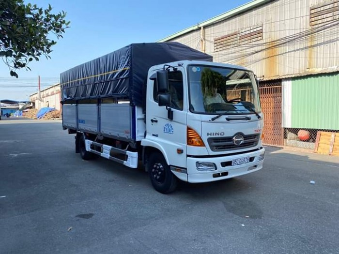 Xe tải HINO FC 6.5T thùng dài 6m72
