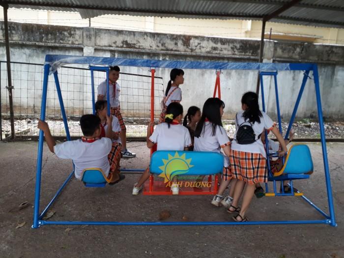 Chuyên sản xuất xích đu trẻ em cho trường mầm non, công viên, khu vui chơi9