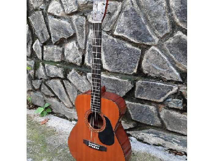 Đàn guitar Yashio thương hiệu củanhật2