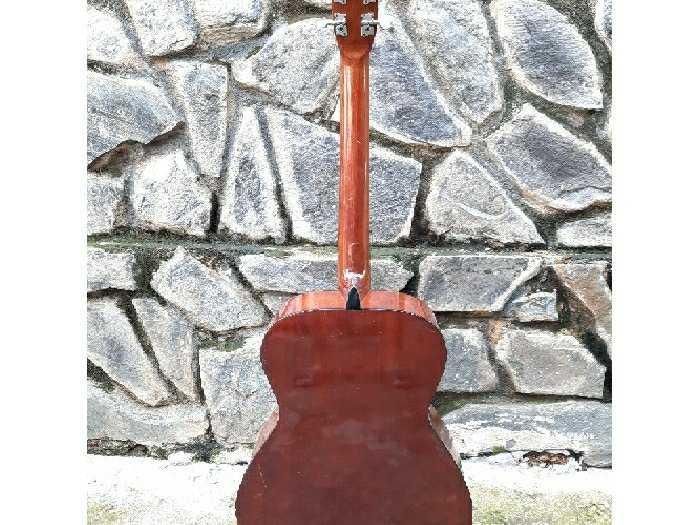 Đàn guitar Yashio thương hiệu củanhật3