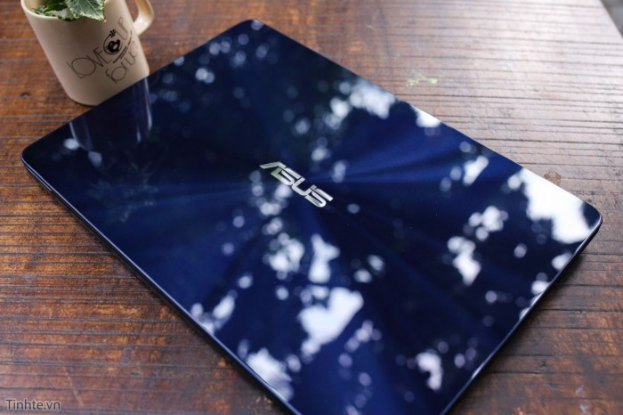 Laptop Asus Zenbook UX430UA/ i5 7200U/ 8G/ SSD256G/ Full HD/ Viền Mỏng/ Win 13