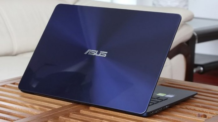 Laptop Asus Zenbook UX430UA/ i5 7200U/ 8G/ SSD256G/ Full HD/ Viền Mỏng/ Win 11