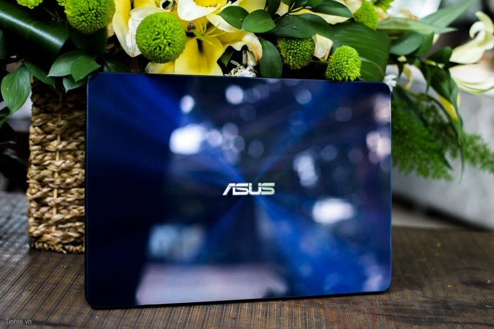 Laptop Asus Zenbook UX430UA/ i5 7200U/ 8G/ SSD256G/ Full HD/ Viền Mỏng/ Win 14