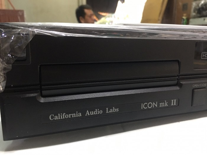Ban chuyên CD CALIFORNIA audio Labs Icon MKII