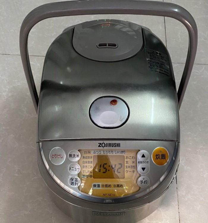 Nồi cơm điện zojirushi 1L np-ne10 có áp suất5