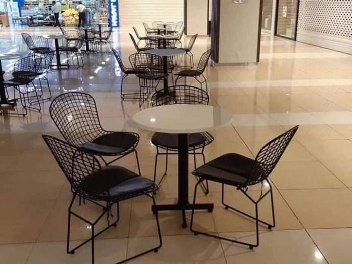 Bộ bàn ghế cafe sắt sơn tĩnh điện giá tại xưỡng3