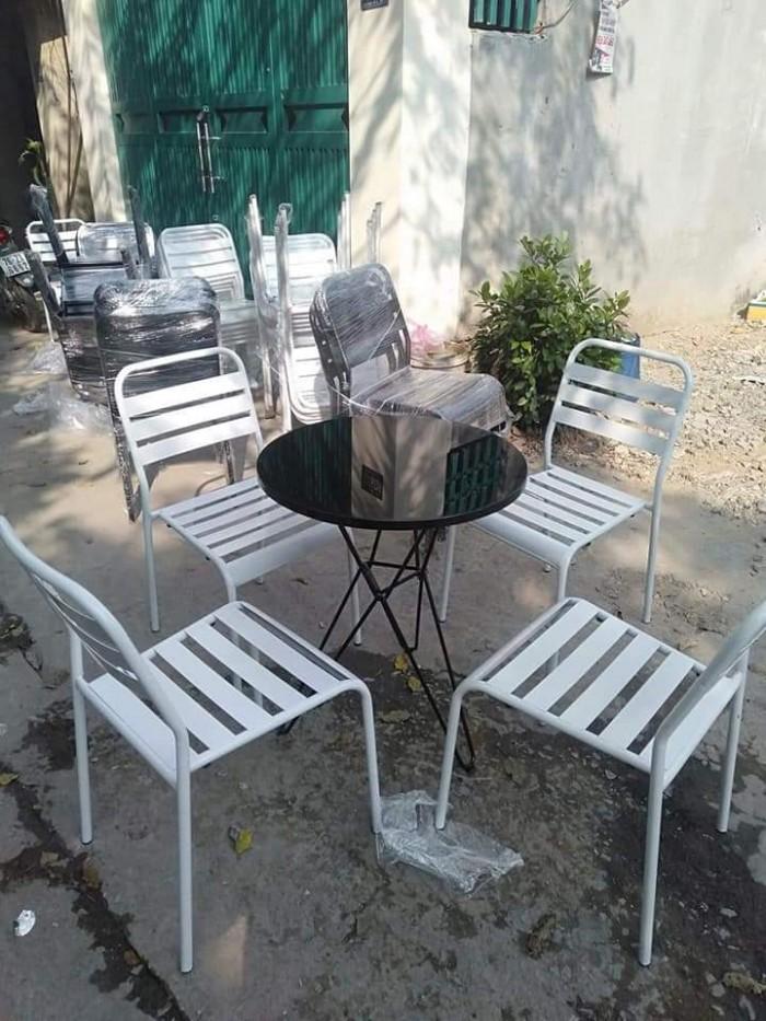 Bộ bàn ghế cafe sắt sơn tĩnh điện giá tại xưỡng5