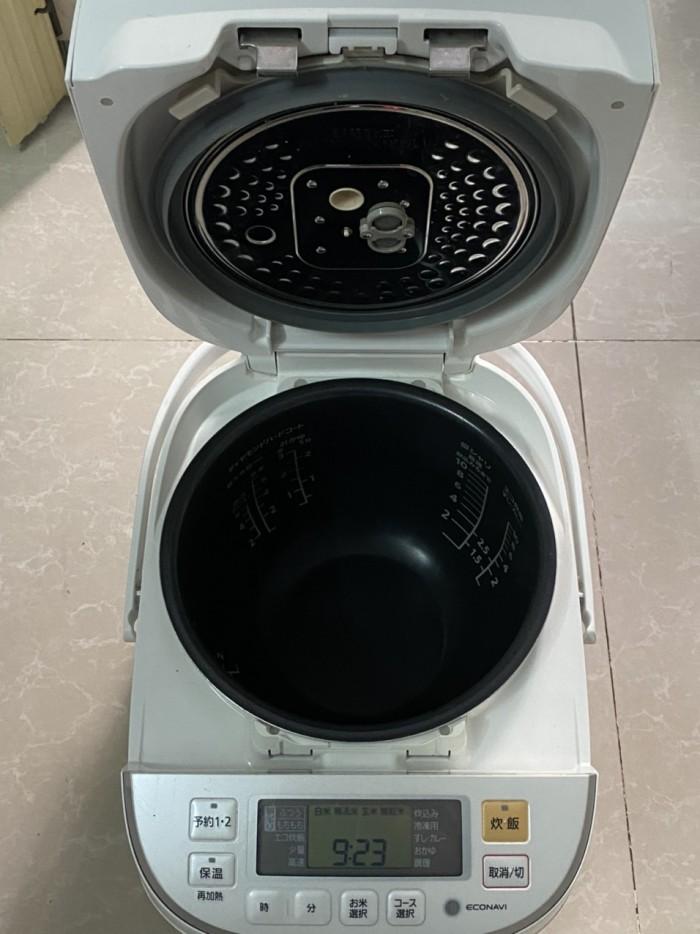 Nồi cơm điện cao tần IH-PANASONIC 1.8L màu trắng tinh khôi6
