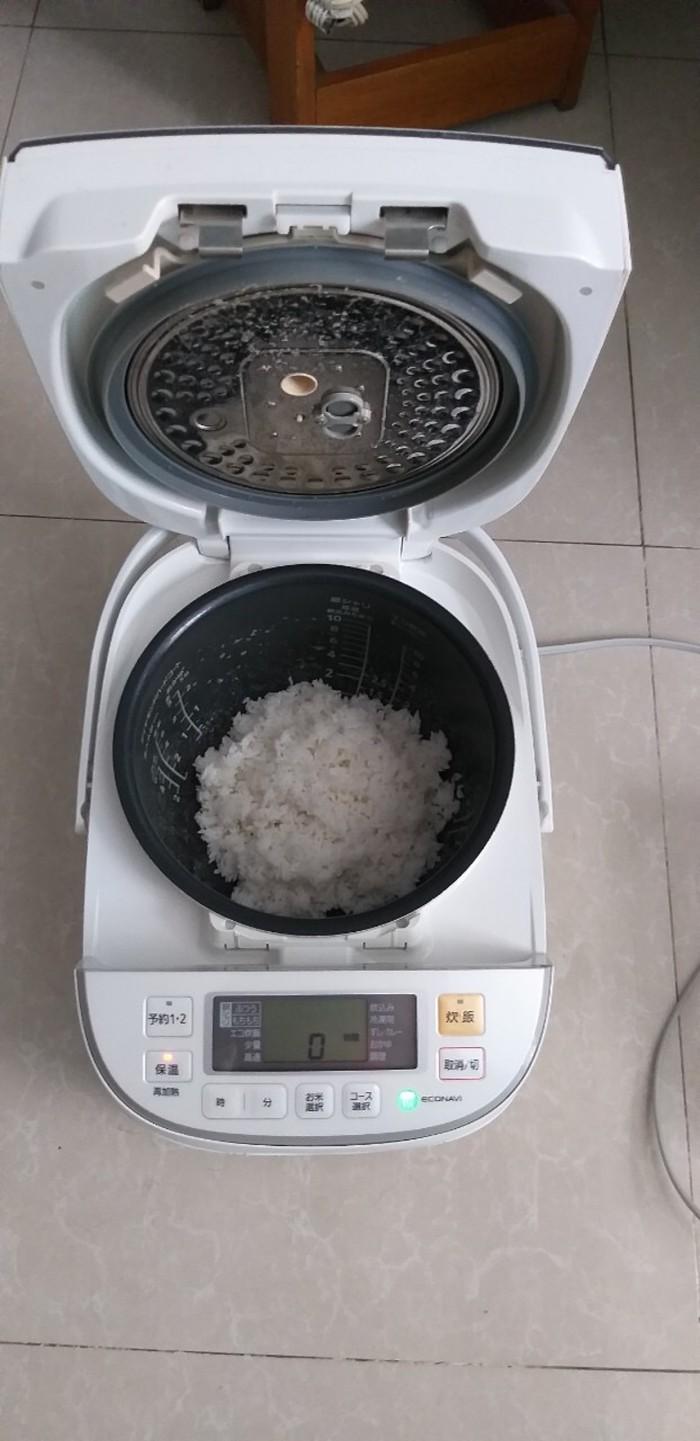 Nồi cơm điện cao tần IH-PANASONIC 1.8L màu trắng tinh khôi7