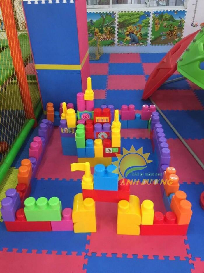 Đồ chơi lắp ghép gồm nhiều chi tiết lớn cho bé mầm non3